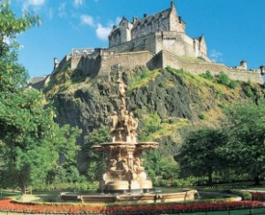 edinburgh-castle_00-310x252